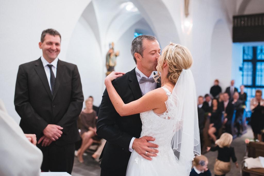 Vera Prinz_Hochzeit Kerstin & Rene_Köln Rodenkirchen Rheinstation_027