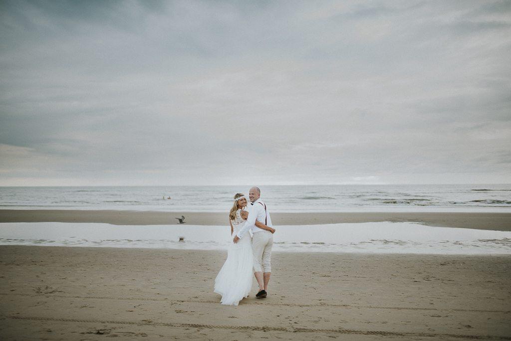 Vera Prinz_Aline & Alex_Hochzeit Nordwijk_016