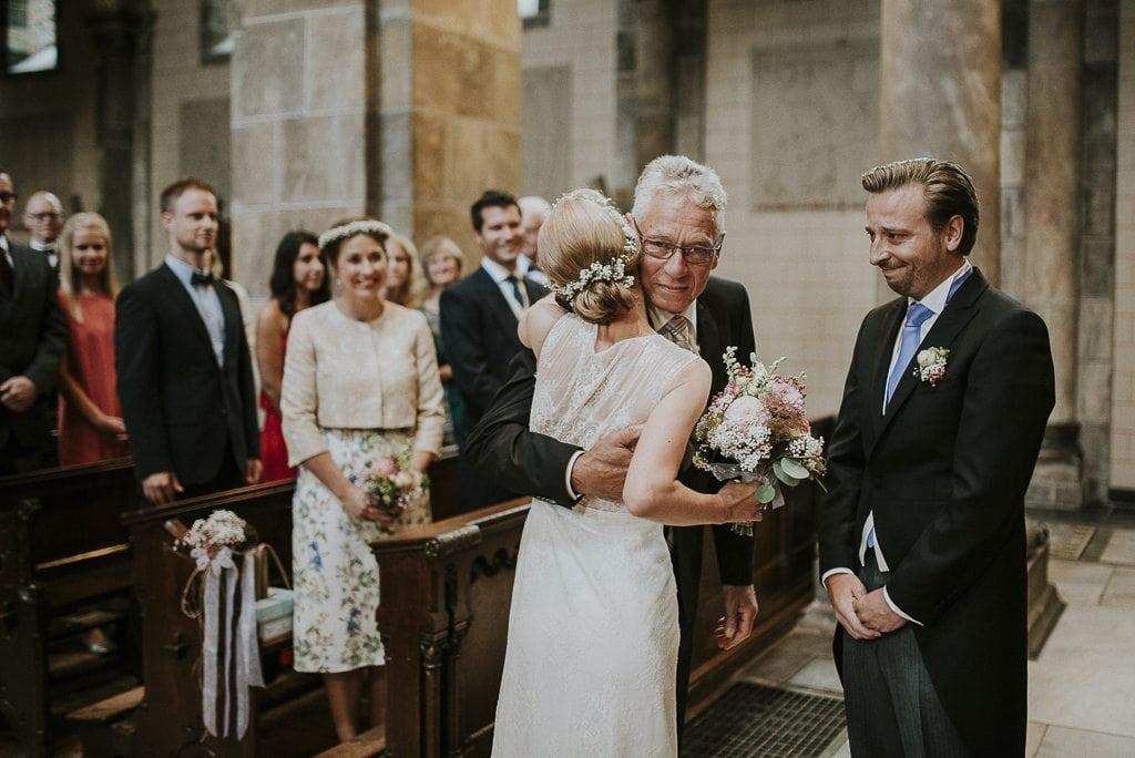 Vera Prinz_Hochzeit_Abtei Rolduc_Winselerhof_032