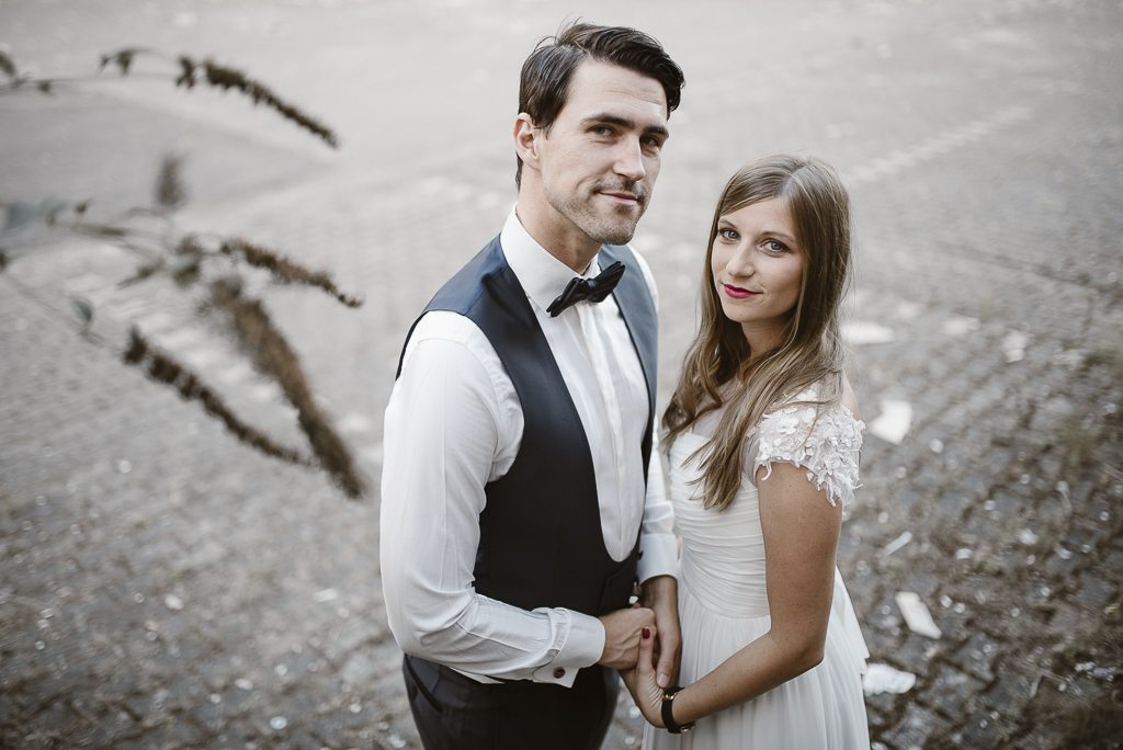 vera-prinz_boho_vintage_hippie_paarshooting_after-wedding_koeln_036