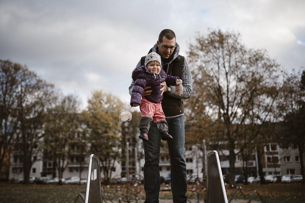 vera-prinz_familienfotos_familienshooting_kinderfotos_outdoor_koeln_julia-family_029