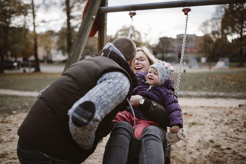 vera-prinz_familienfotos_familienshooting_kinderfotos_outdoor_koeln_julia-family_032