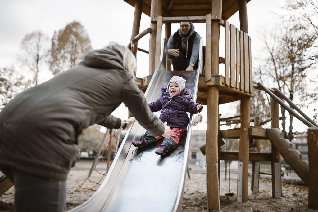 vera-prinz_familienfotos_familienshooting_kinderfotos_outdoor_koeln_julia-family_037