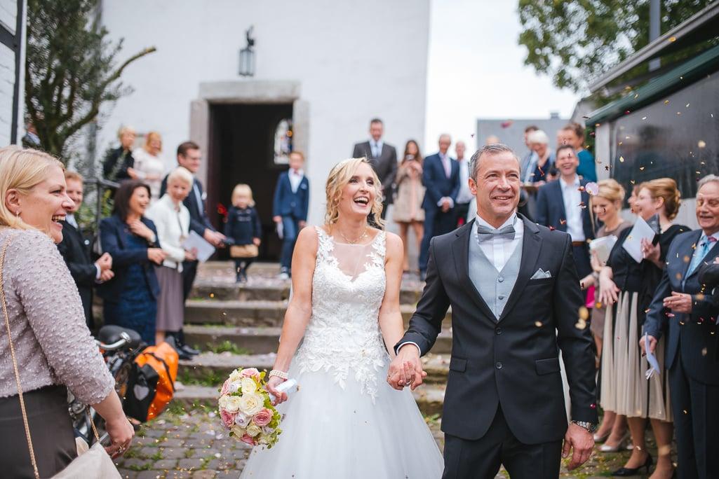 Vera Prinz_Hochzeit Kerstin & Rene_Köln Rodenkirchen Rheinstation_039