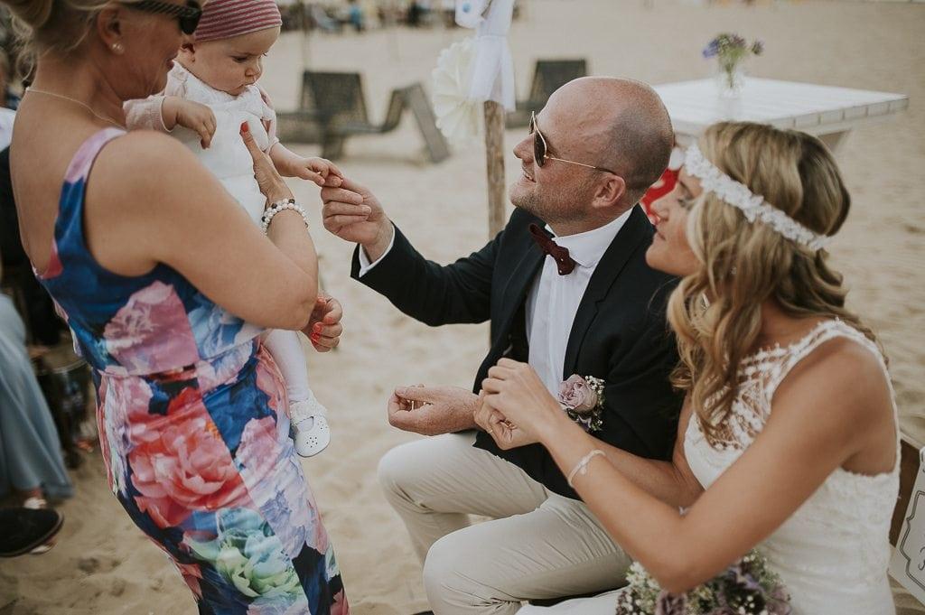 Vera Prinz_Aline & Alex_Hochzeit Nordwijk_001 (25)