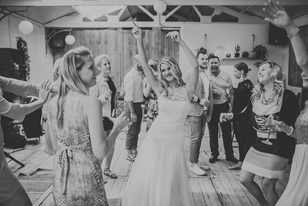 Vera Prinz_Aline & Alex_Hochzeit Nordwijk_075