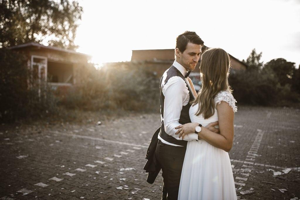 vera-prinz_boho_vintage_hippie_paarshooting_after-wedding_koeln_033