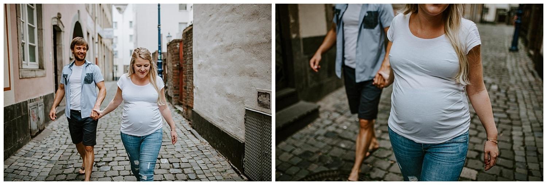 002 DSC 8108 Hochzeitsfotograf Köln Babybauch NRW Schwangerschaftsfotografie Babybauch Köln Vintage Ungestellte Schwangerschaftsfotos Vera Prinz
