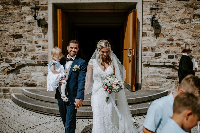 030 Hochzeitsfotograf Köln Adenbachhütte Hochzeit Adenbachhütte Hochzeit NRW Martin Luther Kirche Neuenahr Köln Bad Neuenahr Boho Vintage Hippie Elopement Vera Prinz