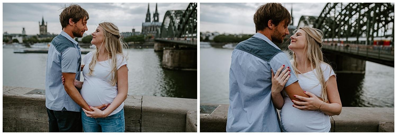 053 DSC 8528 Hochzeitsfotograf Köln Babybauch NRW Schwangerschaftsfotografie Babybauch Köln Vintage Ungestellte Schwangerschaftsfotos Vera Prinz