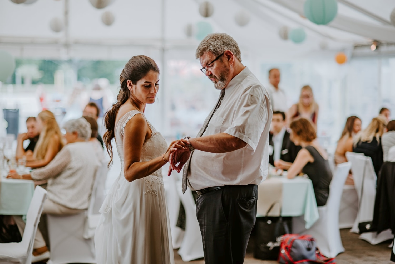 041 Hochzeit Alteburg Köln Hochzeitsshooting Köln Hochzeit Alteburg Hochzeitsfotograf Köln Außergewöhnliche Hochzeitsfotos Vera Prinz Köln